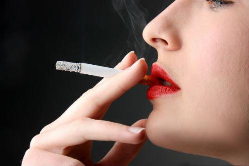 A mãe deixou de fumar cordas