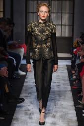 schiaparelli-couture-fall-2015-01-682x1024