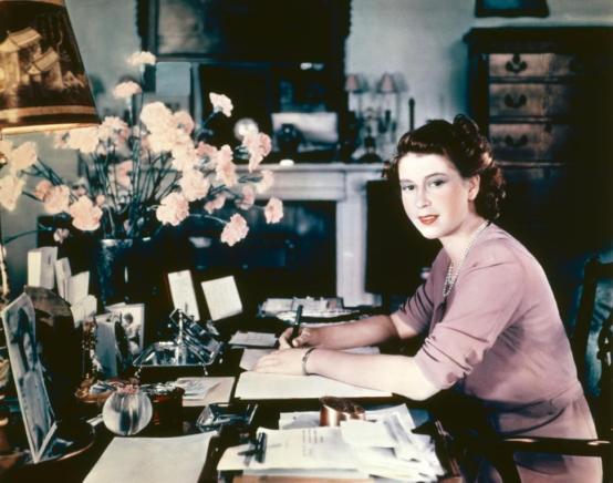 rainha-elizabeth-2-1946