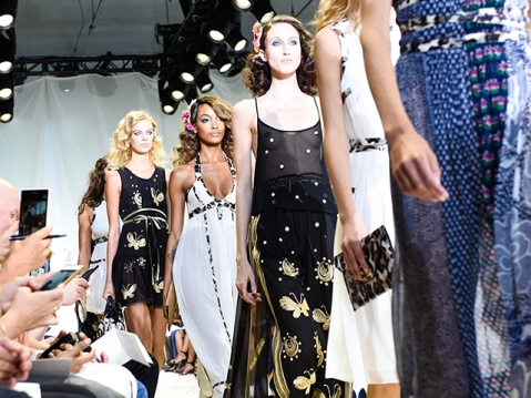 DVF SPRING COLLECTION 2016 SHOW
