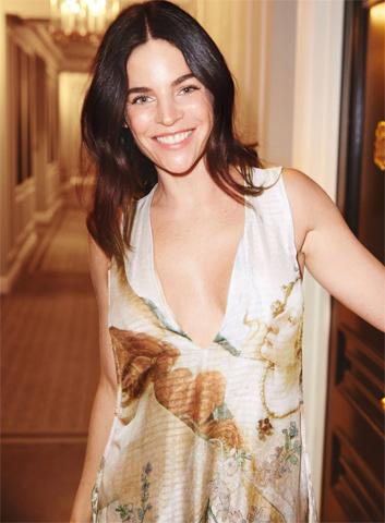 Julia Restoin Roitfeld para a campanha da coleção Conscious Exclusive, da H&M