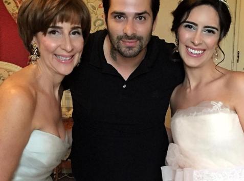 Mãe da noiva, Viviane da Silva Lalli, maquiador Marco Diniz e a noiva Paula Senna Lalli