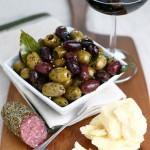 olive_eating_claudiamatarazzo-150x150 (1)