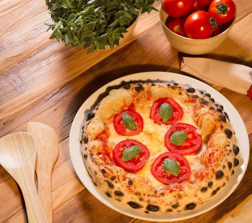 Pizza margherita da Veridiana: em pedaços