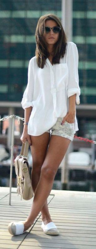 shirt-white-short-jeans