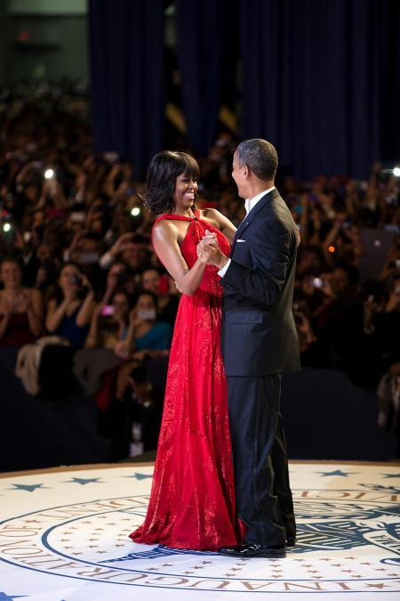 usa-first-lady-michelle-obama-president-barack-dance-inaugural-ball