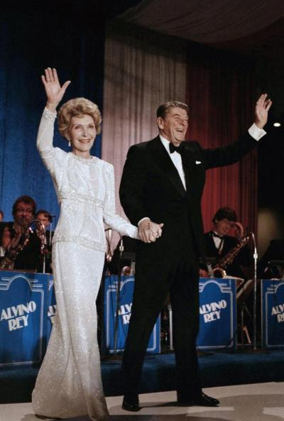 usa-nancy-reagan-inaugural-ball