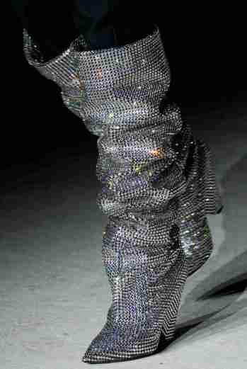 botas-cristais-luxo