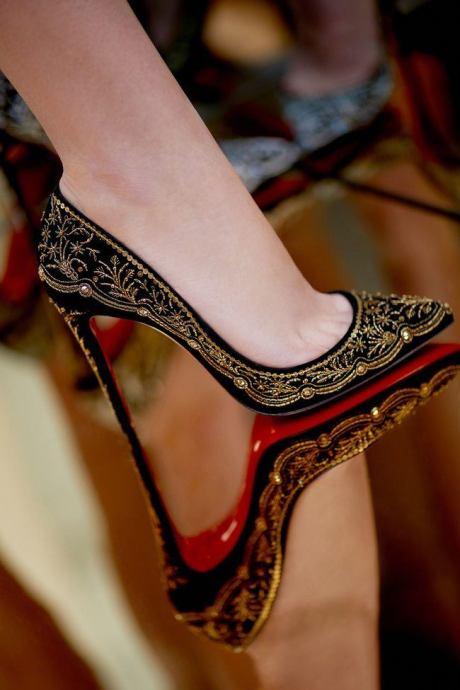 christian-louboutin-colecao-sapatos-capsula