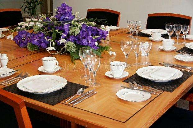 dinner-restaurant-table-claudiamatarazzo-jogo-americano