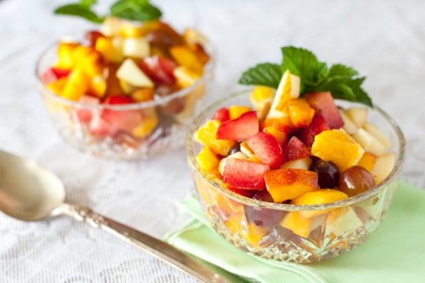 Table-Plates-7-fruit-salad-recipe