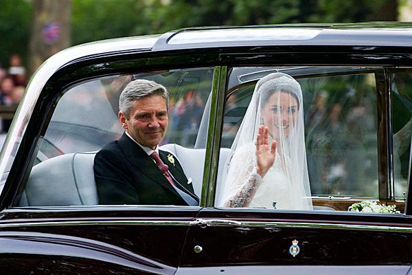0429-Britain-Royal-Wedding-Kate-middleton_car