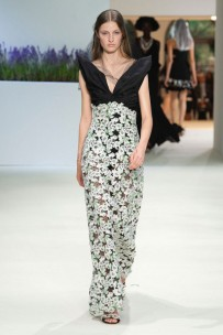030718-giambattista-valli-couture-10-400x600