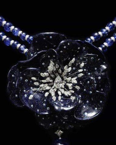 b987fd8b637 Boucheron transforma pétalas de flores em joias reais